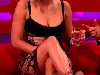 Jennifer Lawrence Uncrossing Her Legs