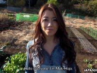 Maki Hojo – Farmer Girl Maki Hojo In Outdoor Farewell Gangbang