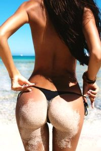 Girls With Dat Gap Pictures (24 Pics)