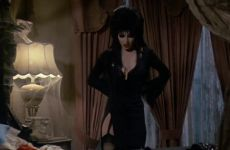 Cassandra Peterson In 'Elvira: Mistress Of The Dark' 1988