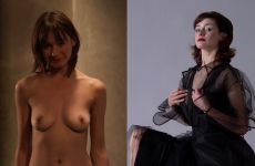 Emily Mortimer Completely Nude In Lovely & Amazing