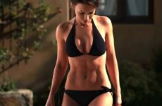 Lacey Chabert Fit Abs Plot In Imaginary Friend