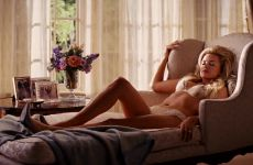 Margot Robbie Seduction – The Wolf Of Wall Street