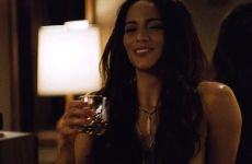 Paula Patton And Her Guns In 2 Guns