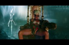 Rihanna – Pour It Up