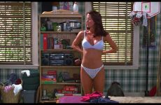 Shannon Elizabeth Turning The Boys Of The Millennial Generation Into Men In American Pie