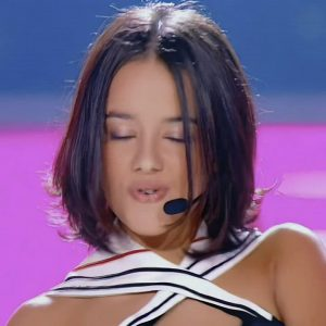 Alizee – Tight French Ass 2017 Live J`en Ai Marre