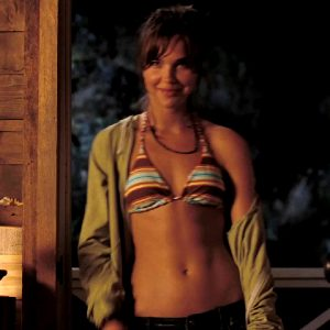 Arielle Kebbel By Firelight In The Uninvited