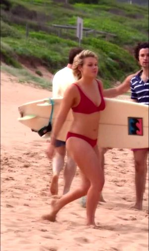Aussie Actress Sophie Dillman From Home & Away Is Thicc AF