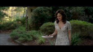 Carla Gugino Downblouse Feeding The Dog Plot From Gerald's Game