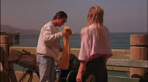 """Christina Applegate Baggy Pants In """"Streets"""""""
