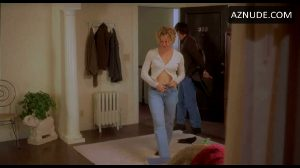 Elisabeth Shue's Ass And Ti – I Mean – Nice Plot From 'Hollow Man'
