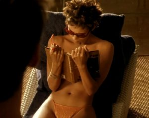 Halle Berry Agreed To Go Topless In Swordfish For A $500,000 Bonus