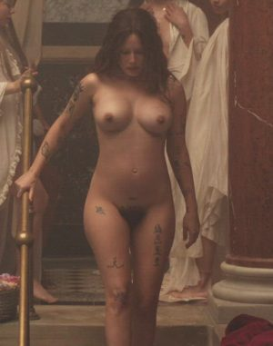 Halsey – Full Frontal Plot In 'If I Can't Have Love, I Want Power'