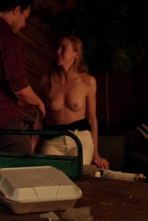 Isabelle Chester – Perky Plot In 'Threesomething'