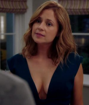 Jenna Fischer – Pam Pam & Her Pam Pams In 'Splitting Up Together'