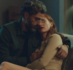 Jessica Chastain – Grabbing The Plot In 'Scenes From A Marriage' S1E4