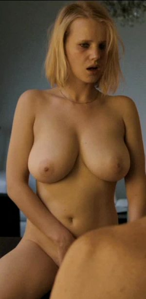 Joanna Kulig And Her World Class Boobs In Elles