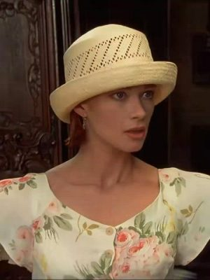 Lauren Holly – Sweet Back Story In Dumb And Dumber