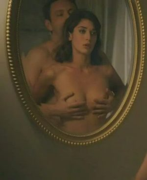 Lizzy Caplan – Feeling & Riding The Plot In 'Masters Of Sex' S2E12