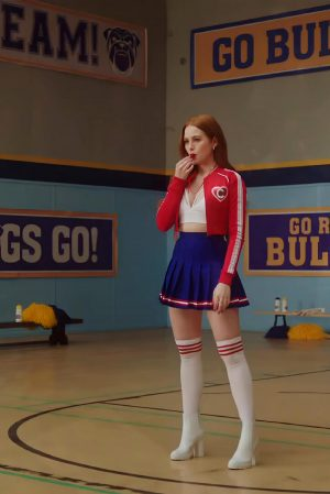 Madelaine Petsch Hot Ass Moves In Riverdale