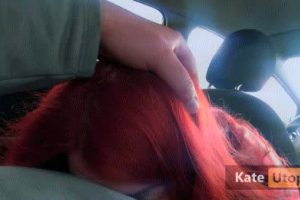 PUBLIC BLOWJOB IN CAR PARKING AND HE CUMS IN MY MOUTH!! -4K